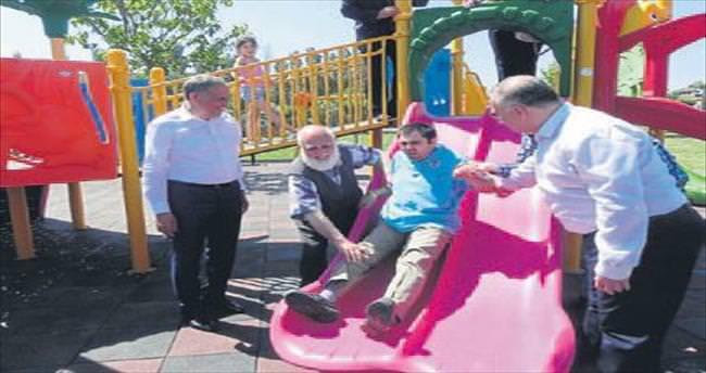 Ödemiş'teki parka engelli oyun grubu