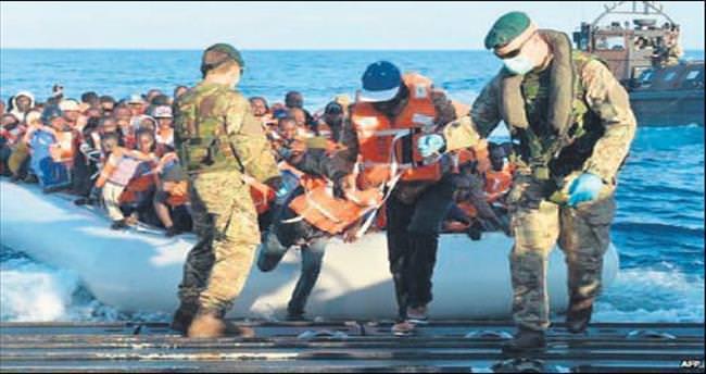 AB mülteci gemilerini vuracak