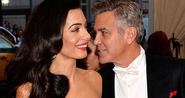 George Clooney'in karısı kıskanç çıktı
