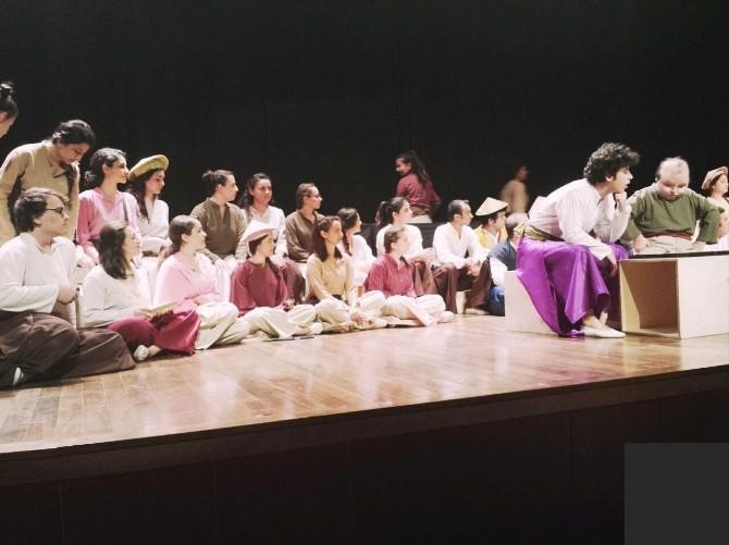 DÜ'de Tiyatro Festivali Başladı