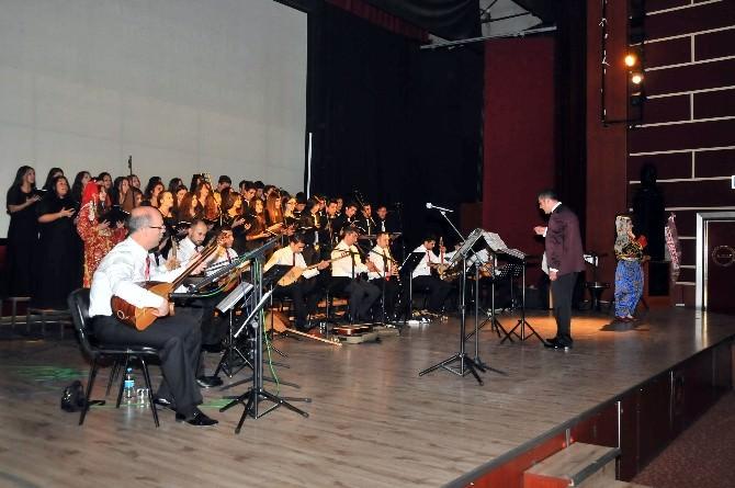 Akşehir'de Türkü Gecesi