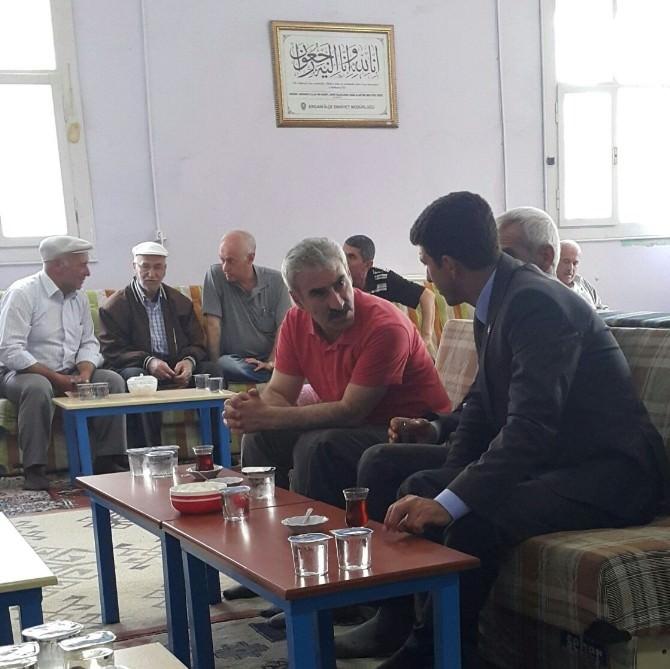 MHP Diyarbakır Milletvekili Adayı Karakoç Ergani'de Taziye Ziyaretlerinde Bulundu