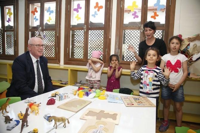 Başkan Kazım Kurt Çocuklarla