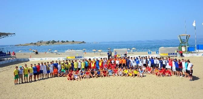 Seferihisar'da Uluslararası Çocuk Futbol Turnuvası