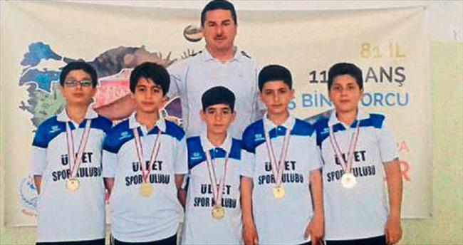 Mehmet Adil İkiz grup şampiyonu