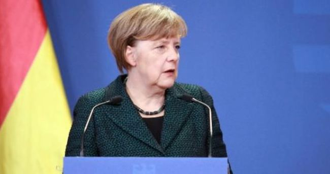 Merkel: Ukrayna AB üyesi olamaz