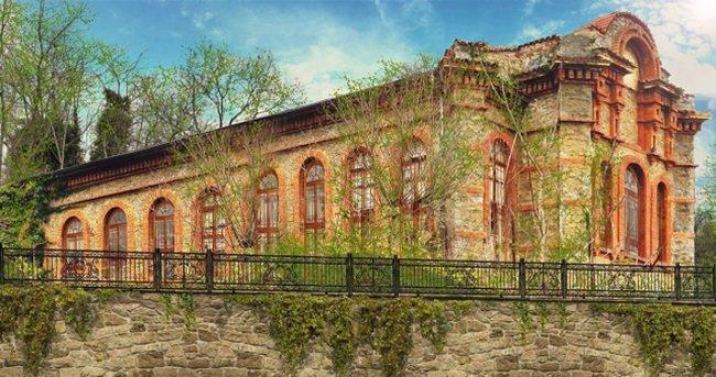 Yeniköy'ün tarihi simge binası Tarabya İngiliz Okulları İlköğretim Kampüsü oluyor