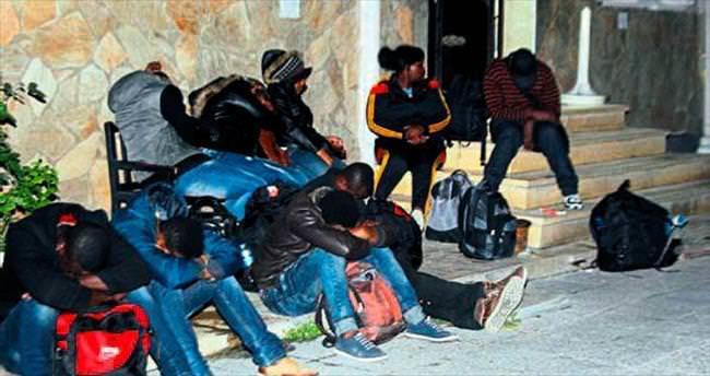 Bornova'da 46 kaçak göçmen yakalandı