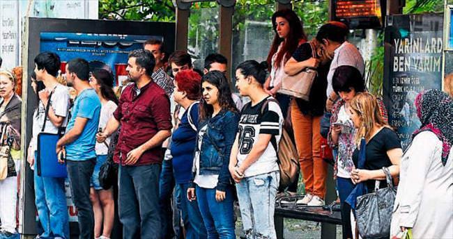 İzmir'in altyapısı alay konusu oldu