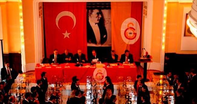 Saray'da başkan seçiliyor