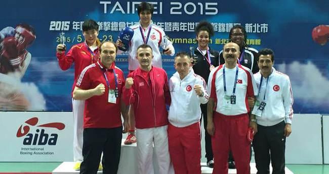 Türk boksörlerden 1 altın, 1 gümüş ve 4 bronz madalya