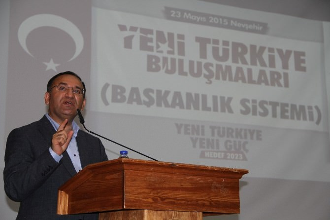 Eski Adalet Bakanı Bozdağ Nevşehir'de Başkanlık İstemini Anlattı