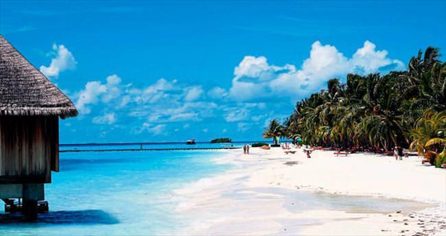 Tropik adada lüks tatil