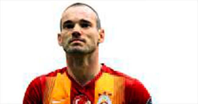 Gözler Sneijder ve Ba'da