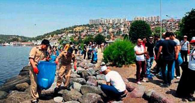 İzmir'de temiz bir deniz için farkındalık yaratıldı