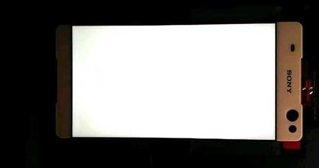 Çerçevesiz ekranlı telefon Sony Lavander