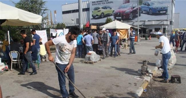 Renault işçilerinin grevi sürüyor
