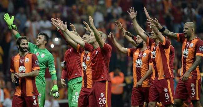 Yazarlar Galatasaray - Beşiktaş derbisini yorumladı