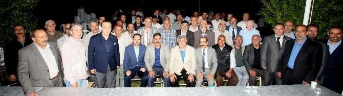 Başkan Karaosmanoğlu, Başiskele Erzurumlular Derneği'ni Ziyaret Etti