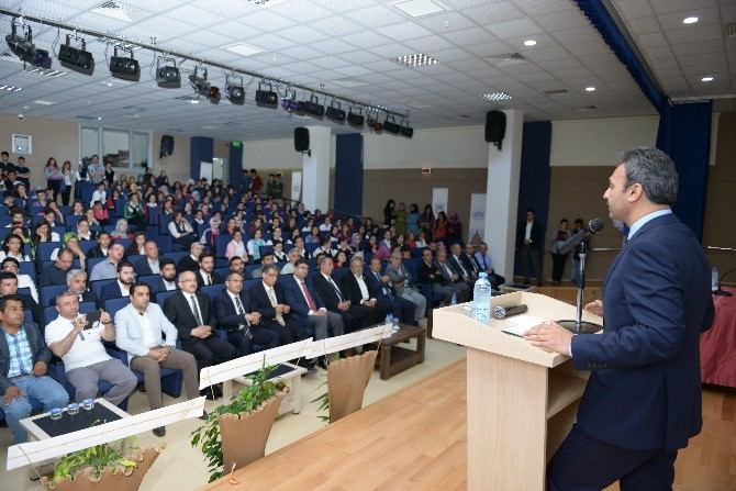 Çorum Belediyesi'nden Necip Fazıl'a Vefa