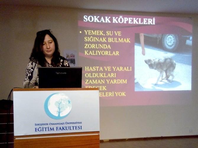 ESOGÜ'de 'Sokak Hayvanları Ve Biz' Konferansı