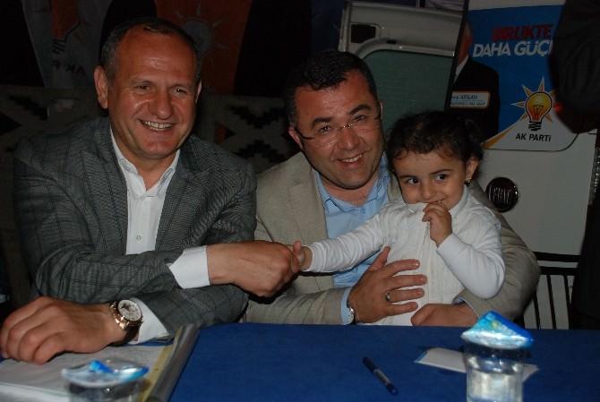 AK Parti'ye Sevgi Büyüyor