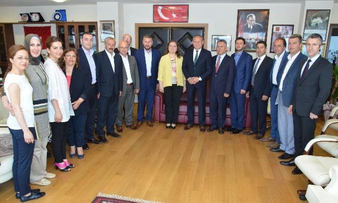 Başkan Keleş Ve Meclis Üyelerinden Rektör Çakar'a Ziyaret