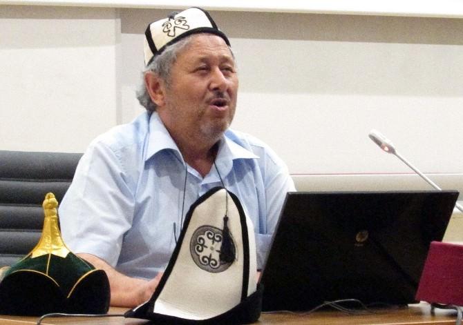 """İslahiye İibf'de """"Dünyadan İlginç Görüntüler"""" Konferansı Düzenlendi"""