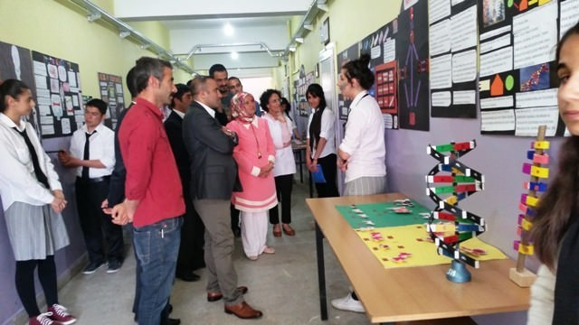 Hozat'ta Biyoloji Sergisi Açıldı