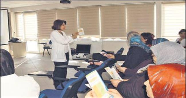 Mamak'ta kanser semineri sürüyor