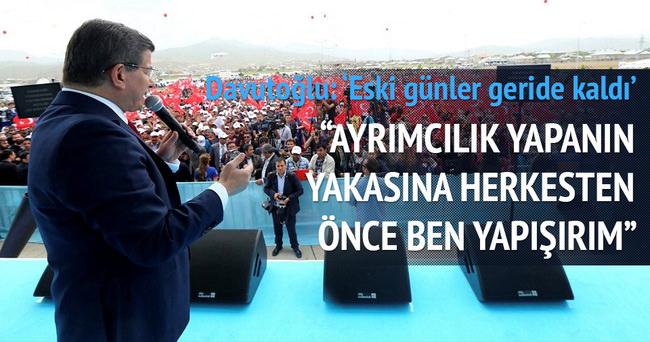 Başbakan Davutoğlu: Niye Kadıköy'deki dili kullanmıyor?