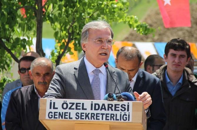 Mehmet Ali Şahin Ovacık'ta Temel Atarak Açılış Yaptı