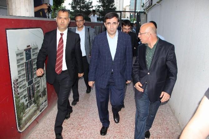 Bakan Yılmaz'dan Güngiad'a Ziyaret