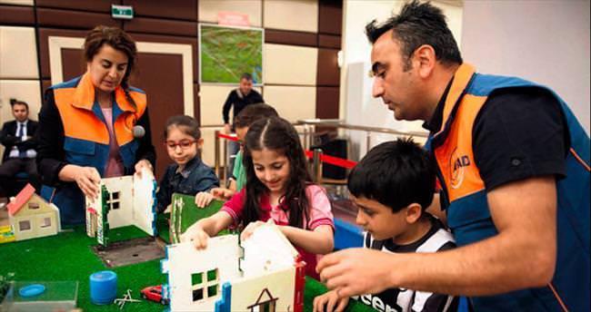 AFAD'dan çocuklara özel deprem eğitimi