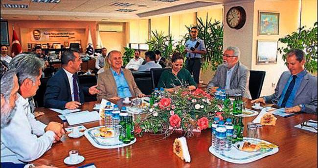 Hüseyin Kocabıyık'tan DTO'ya ortaklık çağrısı