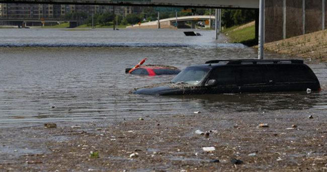 ABD'de büyük felaket: 26 ölü, 40 kayıp