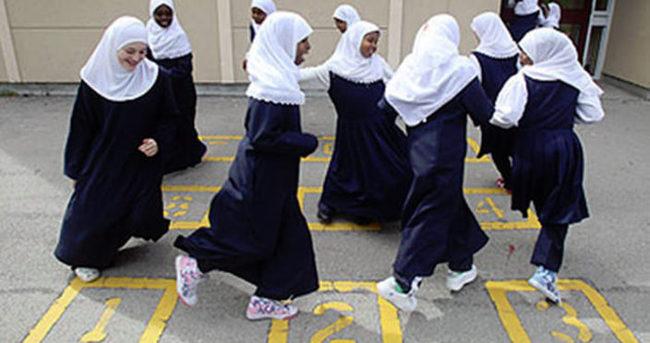 İngiltere'de Müslüman öğrencilere ayırımcılık