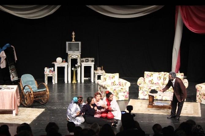 Alanya'da 3.liseler Arası Tiyatro Şenliği Başladı