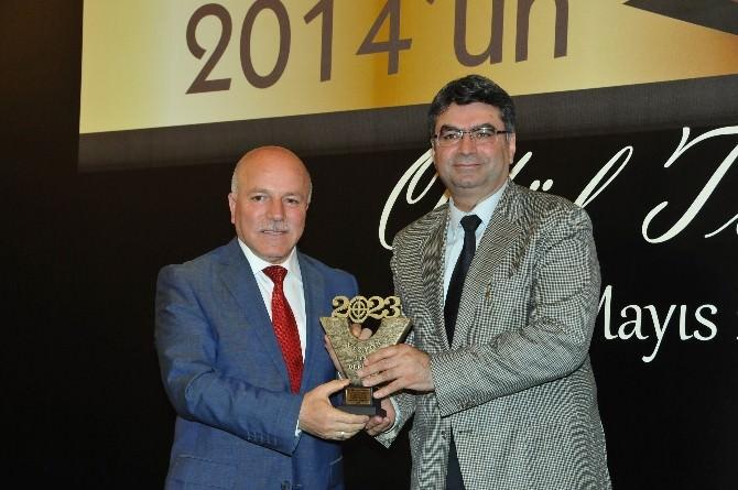 Başkan Sekmen, Yılın Büyükşehir Belediye Başkanı Seçildi