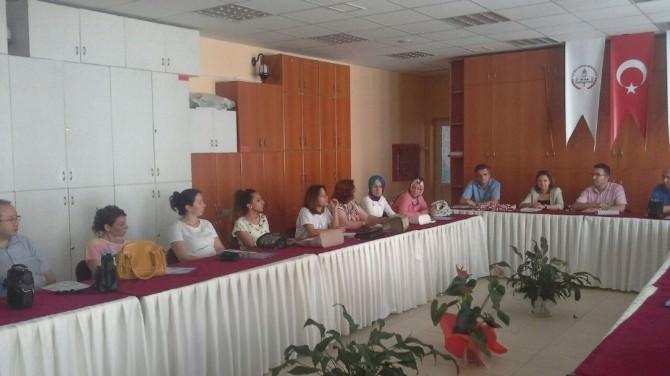 Biga'da Proje Değerlendirme Toplantısı Yapıldı