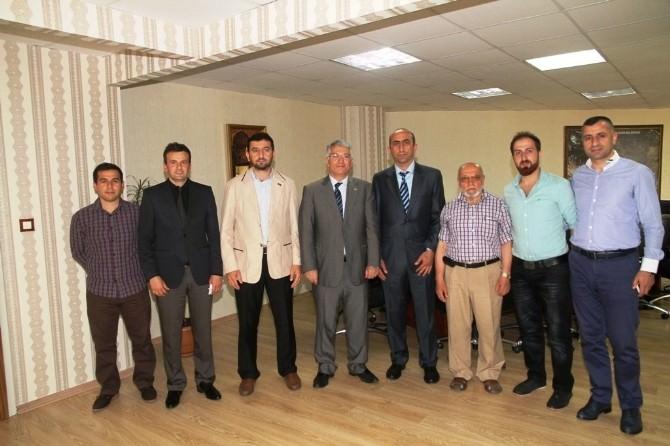 İHH'dan Başkanvekili Özak'a Ziyaret