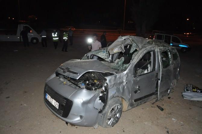 İzmir'de Meydana Gelen Kazada Ölü Sayısı Üçe Yükseldi