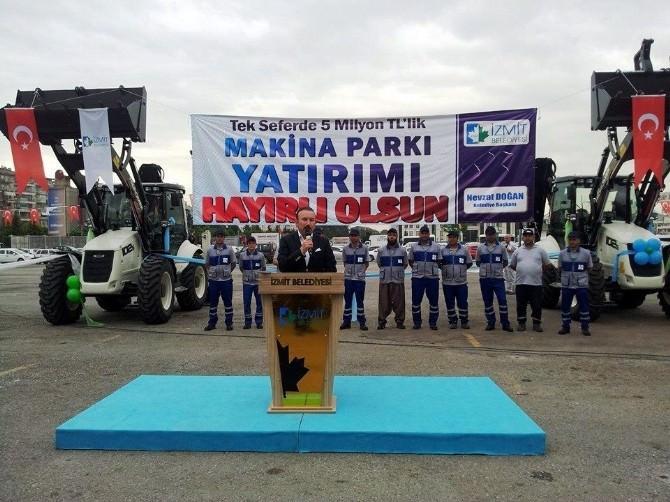İzmit Belediyesi Makina Parkı 17 Yeni Araçla Güçlendi