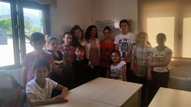 Kartepe Bilgi Evleri'nde Eğitim Seminerleri Sürüyor