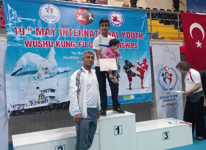 Aksaray Anadolu Lisesi Öğrencisi Yılmaz, Balkan Şampiyonu