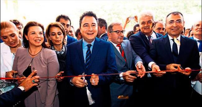 Çeşme Devlet Hastanesi açıldı