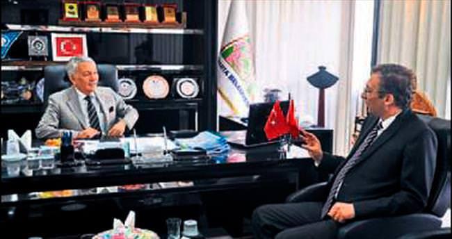 Rektör Çarıkçı'dan Başkan'a ziyaret