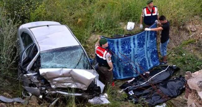 Çanakkale'de feci kaza: 3 ölü
