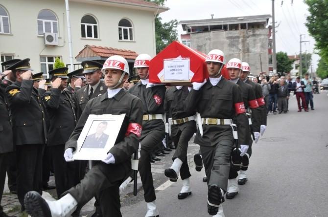 Evinde Vefat Eden Uzman Jandarma Çavuş Son Yolculuğuna Uğurlandı