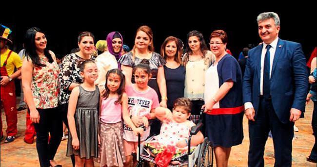 Adana'da Terapi Bayramı coşkusu